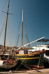 Altes Boot 'Sant Troupes' im Hafen
