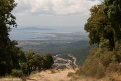 Ausblick vom Col de Babaou auf das Mittelmeer und die Hyerischen Inseln