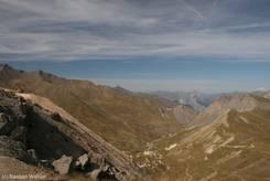 Ausblick vom Col du Galibier über die Gipfel der Alpen Richtung Norden
