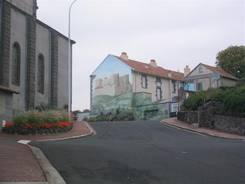 Châtel-Guyon: Straße an der Kirche Sainte-Anne