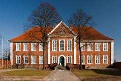 Das Herrenhaus in Ratzeburg, das heute das Kreismuseum des Landkreises Herzogtum Lauenburg beherbergt