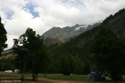 Der Berg 'La Meije' mit seinem Gletscher vom Campingplatz 'Le Gravelotte'