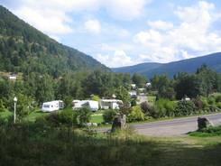 Der Campingplatz in La Bresse Ausblick vom Zelt Die Sanitäranlagen auf dem Campingplatz Blick über den Campingplatz