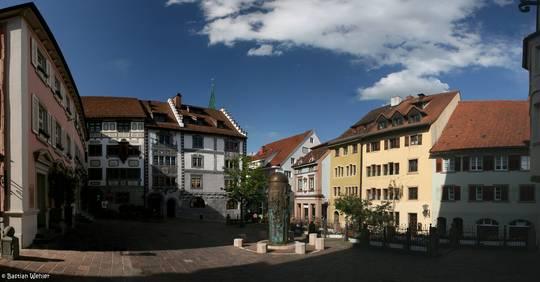 Der Marktplatz von Engen mit der St.-Martins-Säule