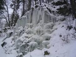 Der zugefrorene Radau-Wasserfall - bei bis zu minus 15 Grad auch kein Wunder