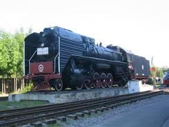 Eine chinesische Lokomotive Ein für eine Art Carnevalsumzug geschmücktes Auto Der Rhein bei Speyer, hier haben wir in einem Restaurant Flammkuchen gegessen