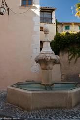 Fontaine de l'Hopital, ein Brunnen aus dem Jahr 1760