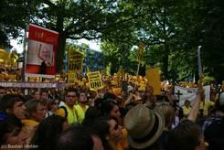 Großer Protest vor dem Landtag in Kiel