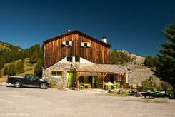 Hütte auf dem Col de la Couillole