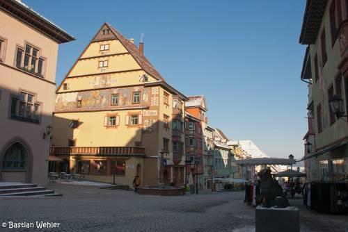 In der historischen Altstadt von Rottweil findet man viele kunstvoll verzierte Häuser