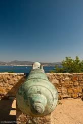 Kanone ausgerichtet auf das Mittelmeer in der Festung von St.-Tropez