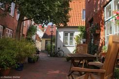 Kleine grüne Oase in der Lübecker Altstadt - Der Grützmacher Hof