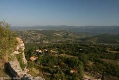 Luberon/Saignon: Blick Richtung Plateau de Vaucluse