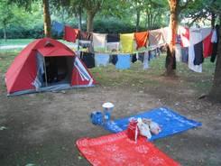 Nach der Ankunft auf dem Campingplatz in Nîmes haben wir gleich erstmal wieder Wäsche gewaschen