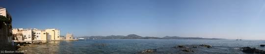 Panorama der Bucht von Saint-Tropez mit Blick Richtung Sainte-Maxime