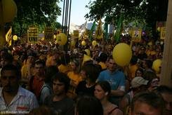 Protest vor dem Kieler Landtagsgebäude