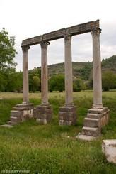 Säulen eines römische Apollotempels aus dem 1. Jahrhundert am Ortsrand von Riez